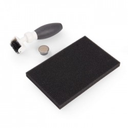 Sizzix -  Accessory - Die Brush w/Magnetic Pickup Tool